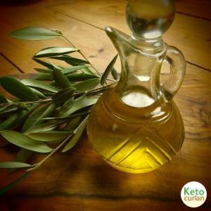 Aceite de oliva extra virgen,un alimento clave en la cocina cetogénica